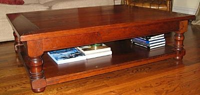 Turned Leg Coffee Table With Shelf In Cherry
